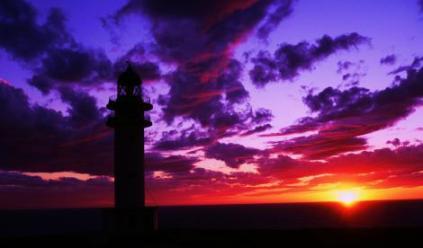 Puesta de sol con ñ de España Fomentera 2