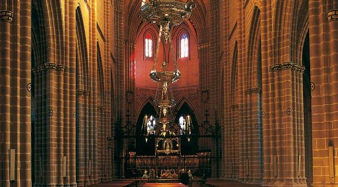 Interior de la Catedral de Pamplona © Turespaña