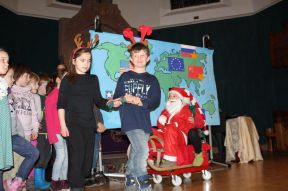 Santa Claus und seine Rentiere