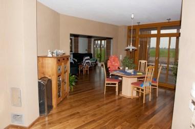 Wohn- und Essbereich, Wandheizung, Lehmgrundputz durchgefilzt