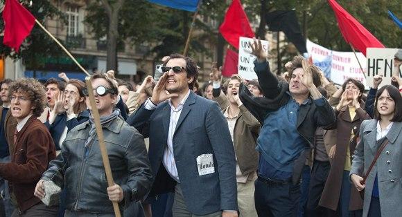 Le Redoutable filminde Louis Garrel Godard'ı, Stacy Martin ise Anne Wiazemsky'yi canlandırıyor.