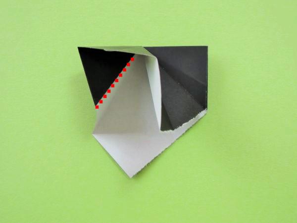 ハロウィンのリース飾りを折り紙で手作り|可愛いアレンジの折り方