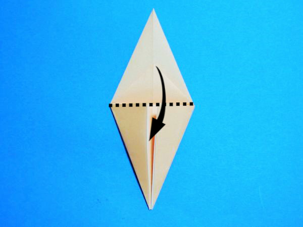 折り紙で作る鶴の折り方と画像・動画で作り方を紹介|お正月飾りに
