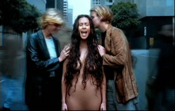 Desnudos en publico