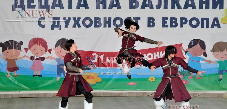 Валя Балканска откри етнофестивала в Минерални бани (ВИДЕО)