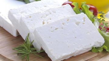 БАБХ затвори незаконен обект за продажба на сирене