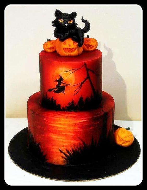 18 Hauntingly Beautiful Halloween Cake Ideas xo Katie Rosario