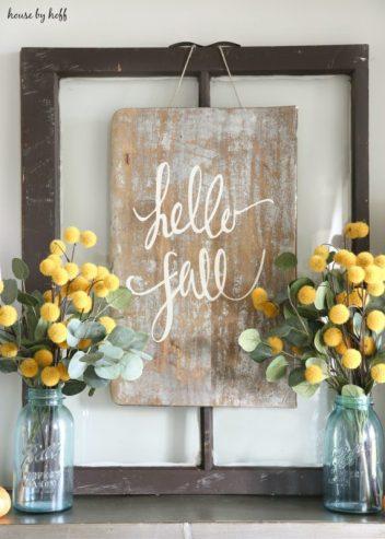 DIY fall decorations. Hello Fall farmhouse diy sign.