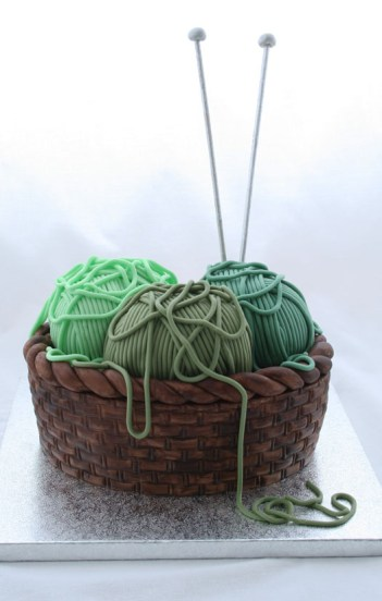 16 DIY Crafts Cakes That Are Almost Too Good To Eat: I love DIY project and I love cake decorating but I never thought of them together. Making fun and beautiful cakes is just amazing! These cakes are perfect for the crafty person in your life! I love it! I can't wait to make this for my mom who loves to knit and sew! This sweet treat is so cool and it's a great DIY craft project in itself! Pinning for later!