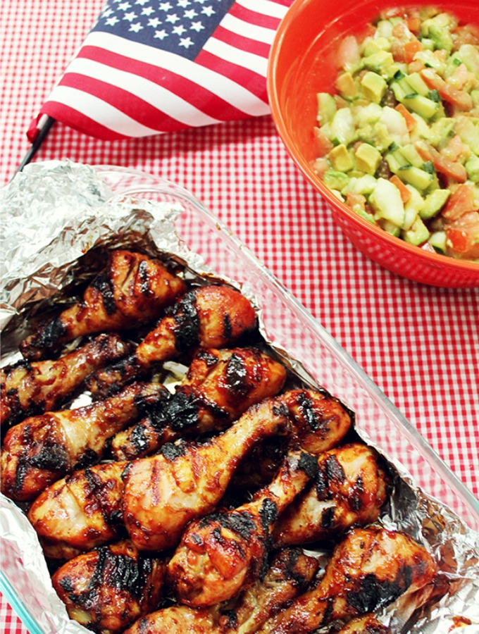 15 Fourth of July BBQ Recipes & Party Essentials That Are Beyond Delicious. These recipes are so good you'll forget all about the fireworks. These BBQ recipes and party essentials are perfect for your summer Fourth of July party. Easy and patriotic, but make it tasty. #4thofjulybbq #bbqparty #bbqfood