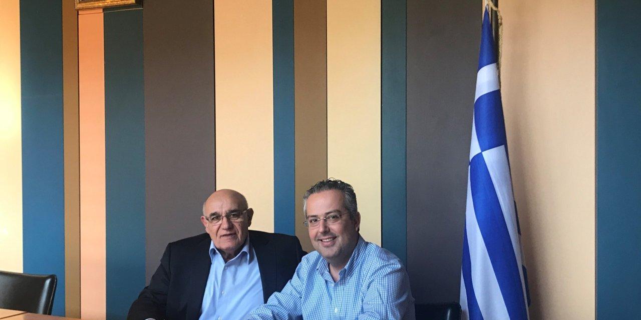 ο Κυριάκος Λινάκης υποψηφίος Δημοτικός Συμβούλος της παράταξής του κύριου ΑΠΟΣΤΟΛΟΠΟΥΛΟ