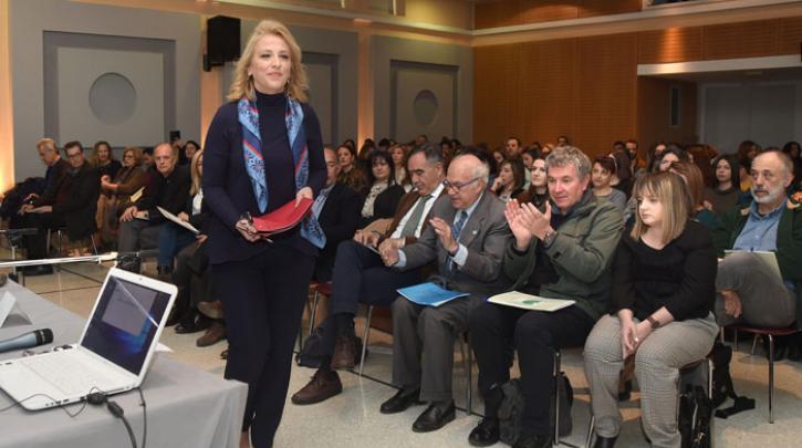 Ρένα Δούρου: Δουλεύουμε καθημερινά για την κοινωνική συνοχή και την αλληλεγγύη