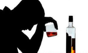 Οι συνέπειες του αλκοόλ στην καρδιά σχετίζονται με το εισόδημα