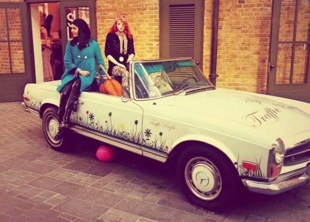 Hop on-Hop off in Spitalfields