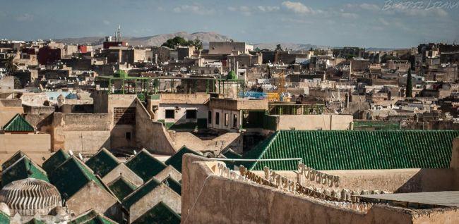 Terrazas de Fez en un día soleado