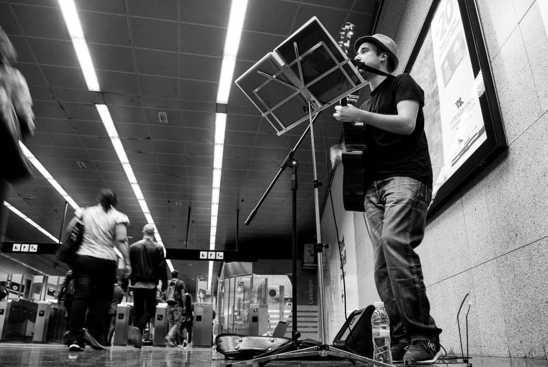 Músicos en el metro de Barcelona