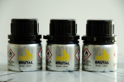 Poppers brutal lot everest