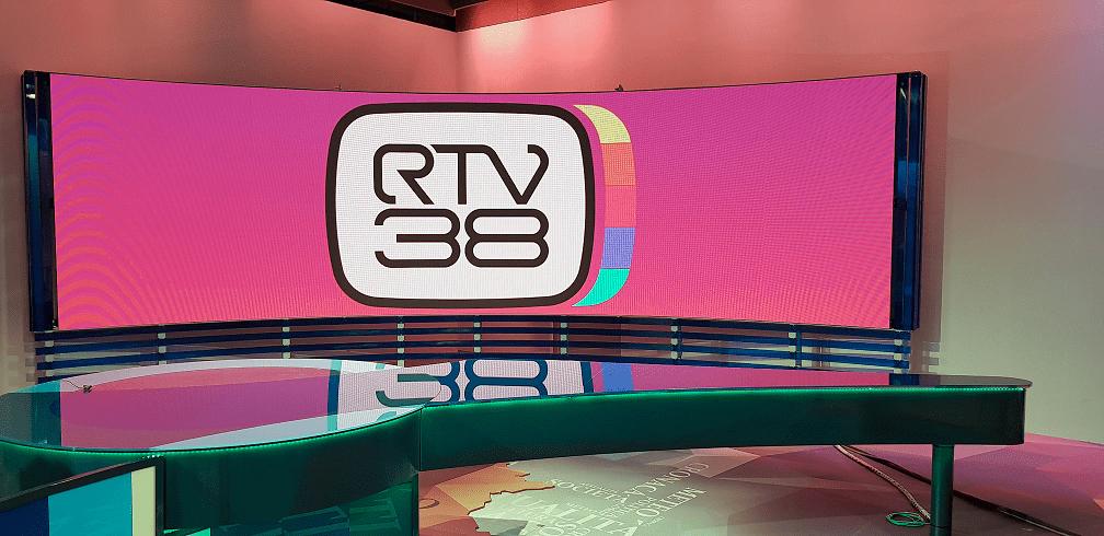 RTV38-Broadcaster-Italy-Studio