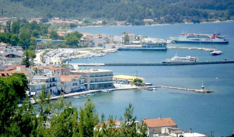 ΘΑΣΟΣ: Σύλληψη 2 ατόμων για κλοπή, πριν προλάβουν να φύγουν από το νησί