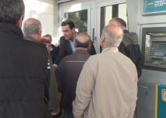 Ο Μάκης Παπαδόπουλος με τους συνταξιούχους της Καβάλας