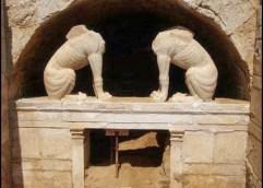 Αμφίπολη: Τι μυστικά μπορεί να κρύβει ένα ακέφαλο γυναικείο άγαλμα;