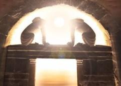 Εντυπωσιακή ανακάλυψη για το ταφικό μνημείο της Αμφίπολης: Το εσπερινό φως του ήλιου του χειμερινού ηλιοστασίου φώτιζε τους ανέσπερους νεκρούς του μνημείου!!!
