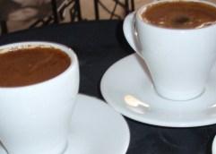 Έκαστος στο είδος του και ο Λουμίδης στους καφέδες!