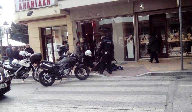 Κινηματογραφική σύλληψη ληστή στο κέντρο της Καβάλας