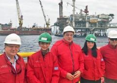 H Βρετανίδα Πρέσβειρα στις μοναδικές εγκαταστάσεις παραγωγής υδρογονανθράκων στην Ελλάδα