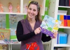 ΘΑΣΟΣ: Ακόμα μία διεθνής διάκριση για τη νηπιαγωγό Βίκυ Ξανθοπούλου που συνδύασε το παιχνίδι και το βιβλίο σκορπώντας χαρά στα παιδιά
