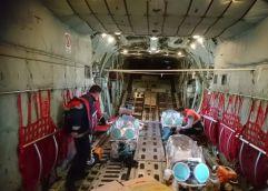 Με επιτυχία ολοκληρώθηκε η αεροδιακομίδη των τριών διασωληνωμένων, βαρέως πασχόντων ασθενών με Covid-19 από το Αεροδρόμιο Καβάλας «Μ.Αλέξανδρος» – ΦΩΤΟΓΡΑΦΙΕΣ