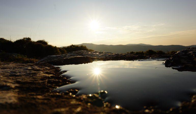 Θερινό ηλιοστάσιο τη Δευτέρα: Η πρώτη επίσημη μέρα του καλοκαιριού και η μεγαλύτερη μέρα του