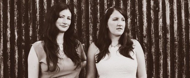 THE UNTHANKS SHARE VIDEO FOR NEW SINGLE 'FLUTTER' - watch