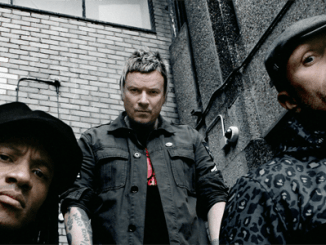 THE PRODIGY: Become first band ever to score six consecutive No.1 albums in the UK!