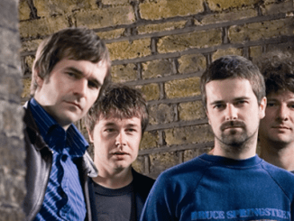 THE BLUETONES - Make welcome live return