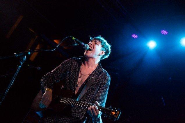Barns Courtney delivers soulful vocals recently in Los Angeles © Debi Del Grande