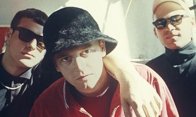 DMA'S unveil 'Lay Down' video - watch