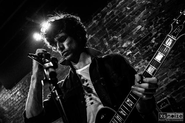 Guitarist Darian Zahedi