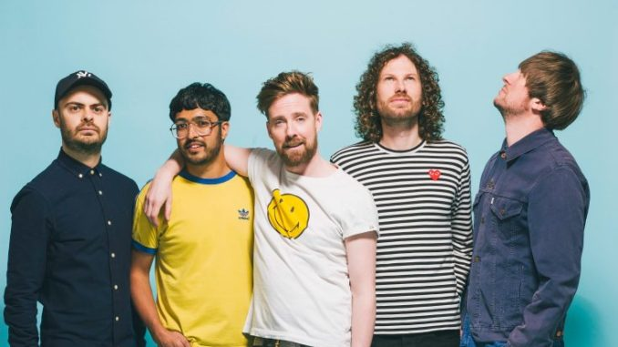 KAISER CHIEFS unveil video for new single 'HOLE IN MY SOUL'