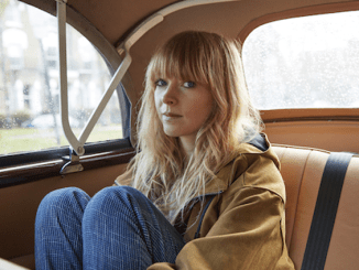 Listen to Brand New Single 'Floral Dresses' from Lucy Rose Feat. The Staves
