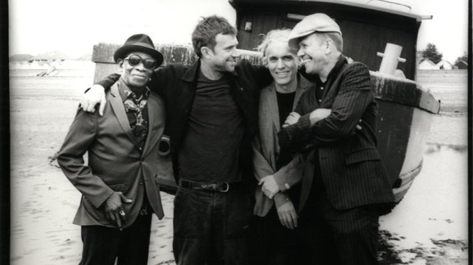 "THE GOOD, THE BAD & THE QUEEN Announce New Album: ""MERRIE LAND"" Out 16th November - Listen to Track 1"