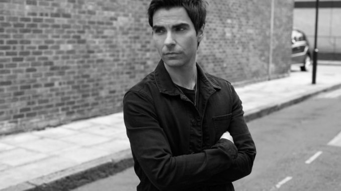 Stereophonics frontman KELLY JONES announces rare series of intimate UK solo shows for summer 2019