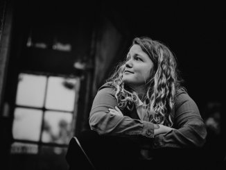 "KATE TEMPEST unveils the video for her latest single ""People's Faces"" (Streatham Version)"