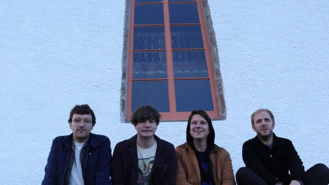 NEON WALTZ confirm 4-track HUNA EP & release new track - 'Thanks For Everything'