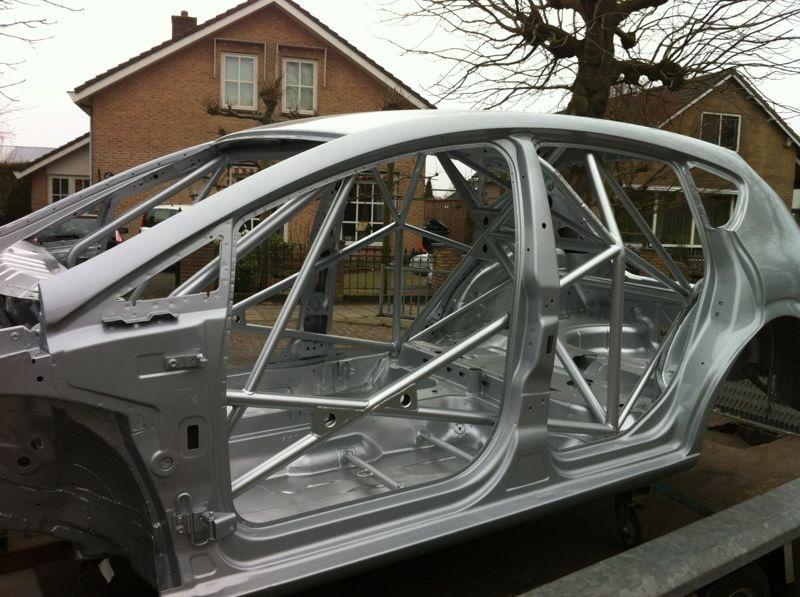 XT Motorsport biedt een Mk2 Seat Leon Supercopa chassis aan 2