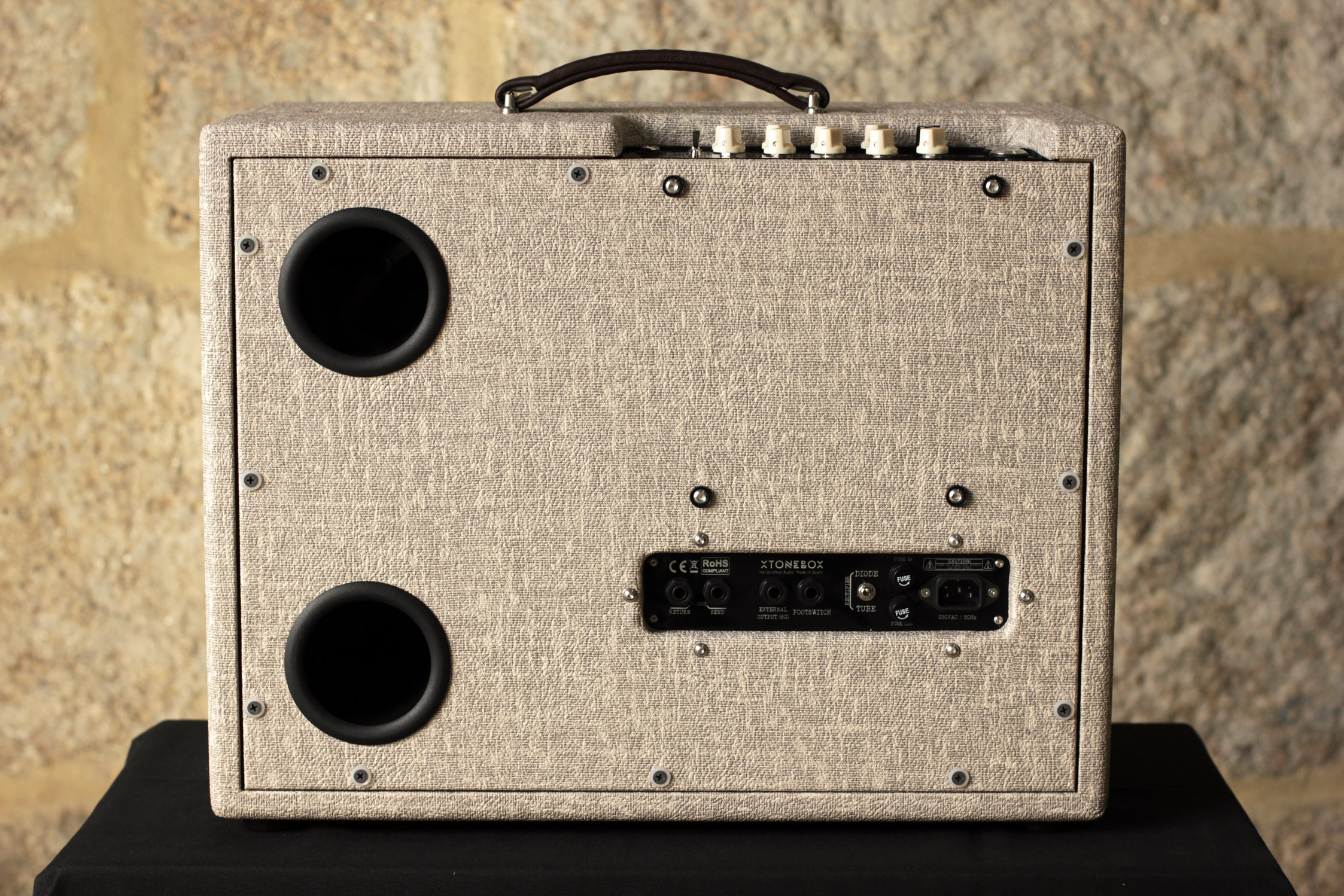 closed back, open back, fender, mesa boogie, boutique, custom