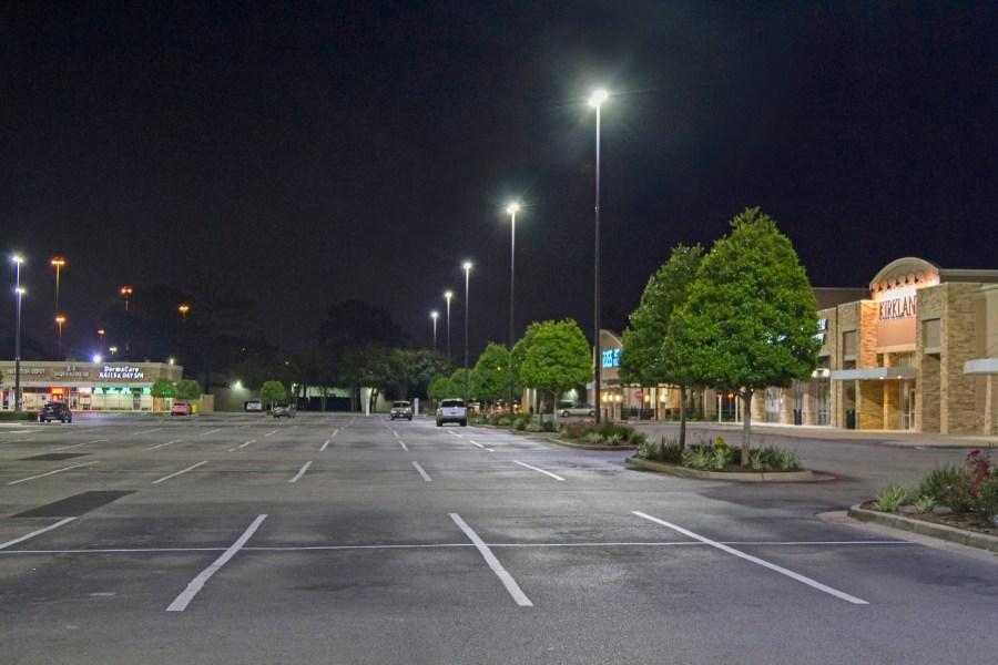 XtraLight-Viento-LED-Area-Hedwig-Village