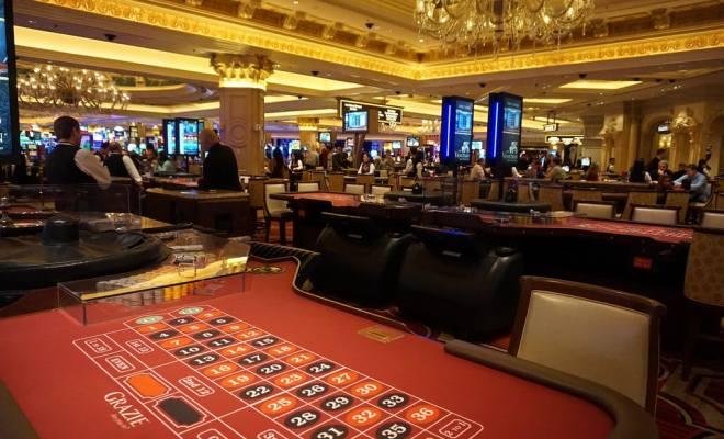 acameronhuff Roulette at the Venetian Casino via photopin (license)