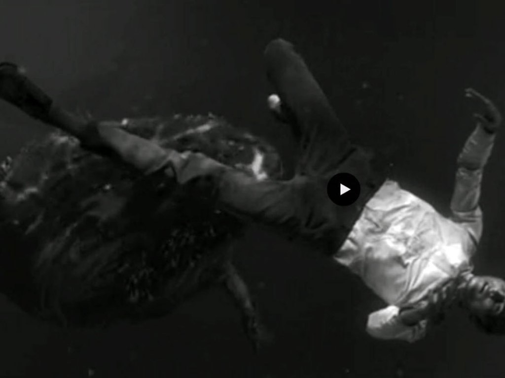 woodkid - i love you - screenshot video