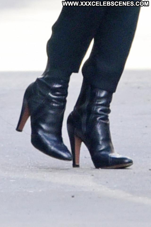 Mary Kate Olsen New York Celebrity Paparazzi Beautiful Posing Hot New